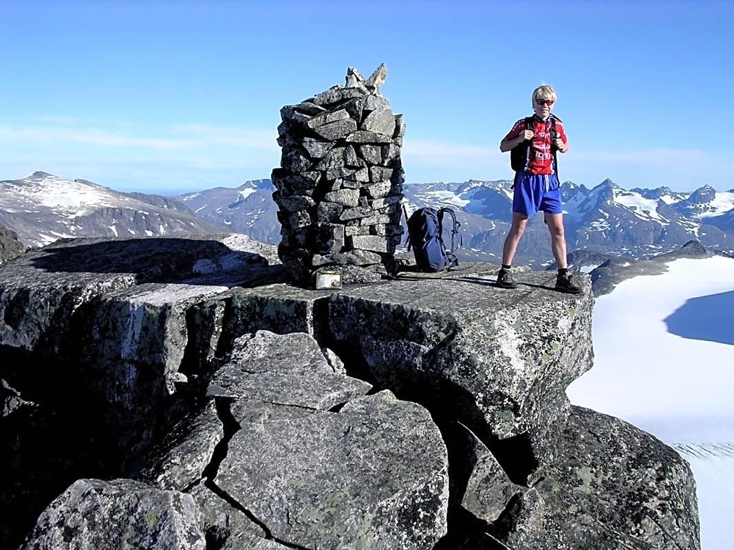 Store Memurutind Jotunheimen Fjelltur Vesttoppen Gjendealpene varde
