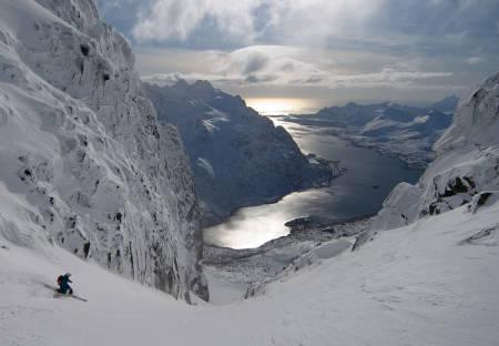 FINT I FJOR: Det sto ikke på skiforhold under Camp Lofoten i fjor. Foto: Sverre Hjørnevik