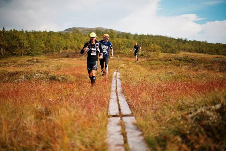 DE SPREKESTE BLANT OSS: Høsten er fin på fjellet, og flere og flere lar seg friste av lange løpeturer i konkurranseform. Her fra Hardangervidda Marathon. Foto: Agurtxane Concellon