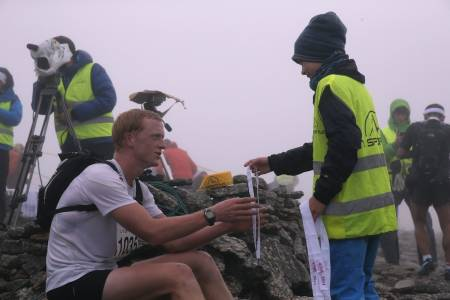 SKISKYTTAR: Johannes Thingnes Bø tok ein sterk åttandeplass i Skåla Opp. – God mental trening, meiner han. Foto: Jørn-Arne Tomasgard