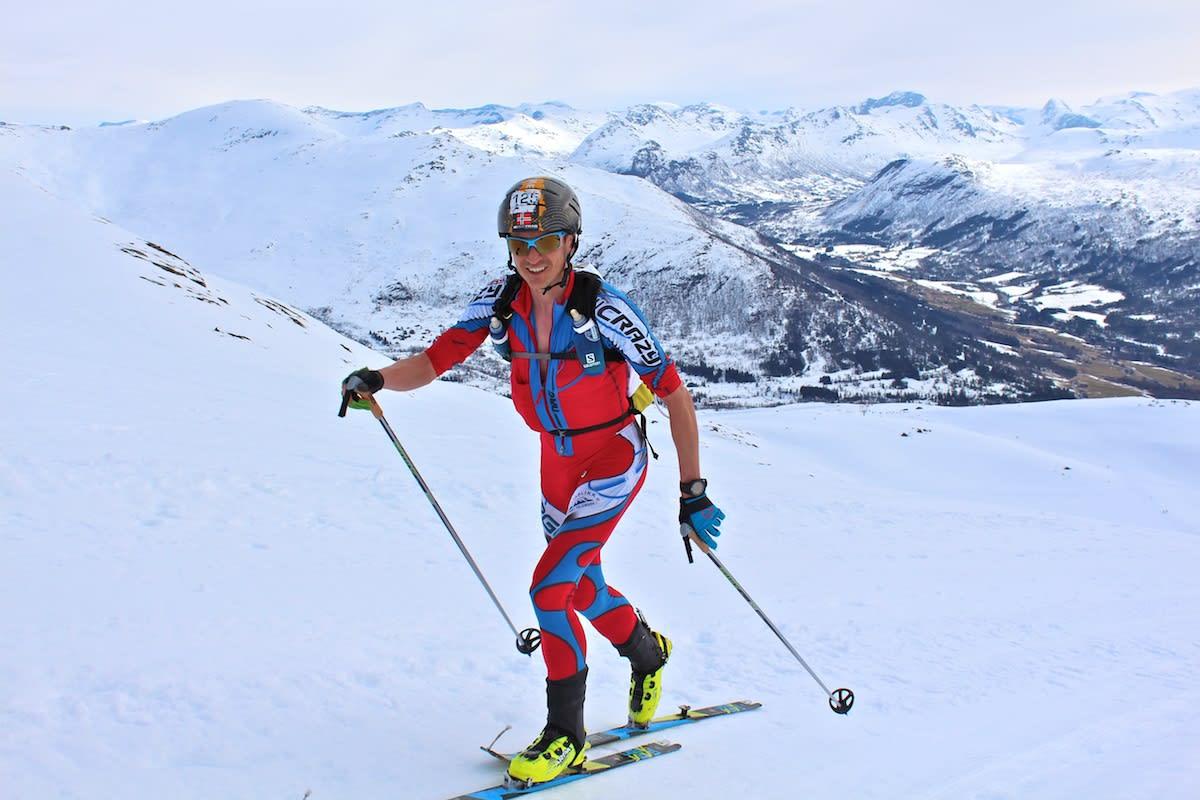 STERKEST: Lars-Erik Skjervheim gikk i tet tidlig og ingen av konkurrentene klarte å hente han inn under Xtind i fjellene i Hornindal. Foto: Kjersti Solvoll Bakketun Tronvoll