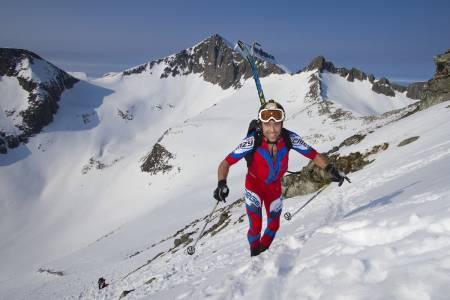 HAKK I HÆL: Ola Berger ble nummer to, fem minutter bak vinneren. Foto: Daniel Kvalvik