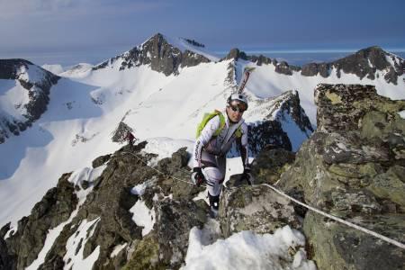 INNE BLANT DE TI: Knut Inge Orset fra Romsdal Randoneklubb kom inn på tiden 3:03 og det gav han en 10.plass.