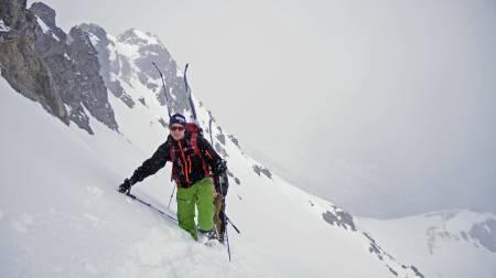 Straks på toppen av Skjervan. Foto: Marit Vidnes