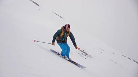Halvor Hagen i nedkjøring fra Taskedalshornet. Foto: Marit Vidnes