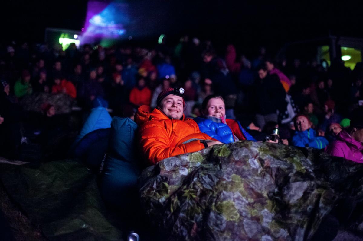GODE FILMFORHOLD: Mye god fjellkultur og stemning under Fjellfilmfestivalen på Gjendesheim. Bildet er fra fjorårets arrangement. Foto: Eivind Haugstad Kleiven