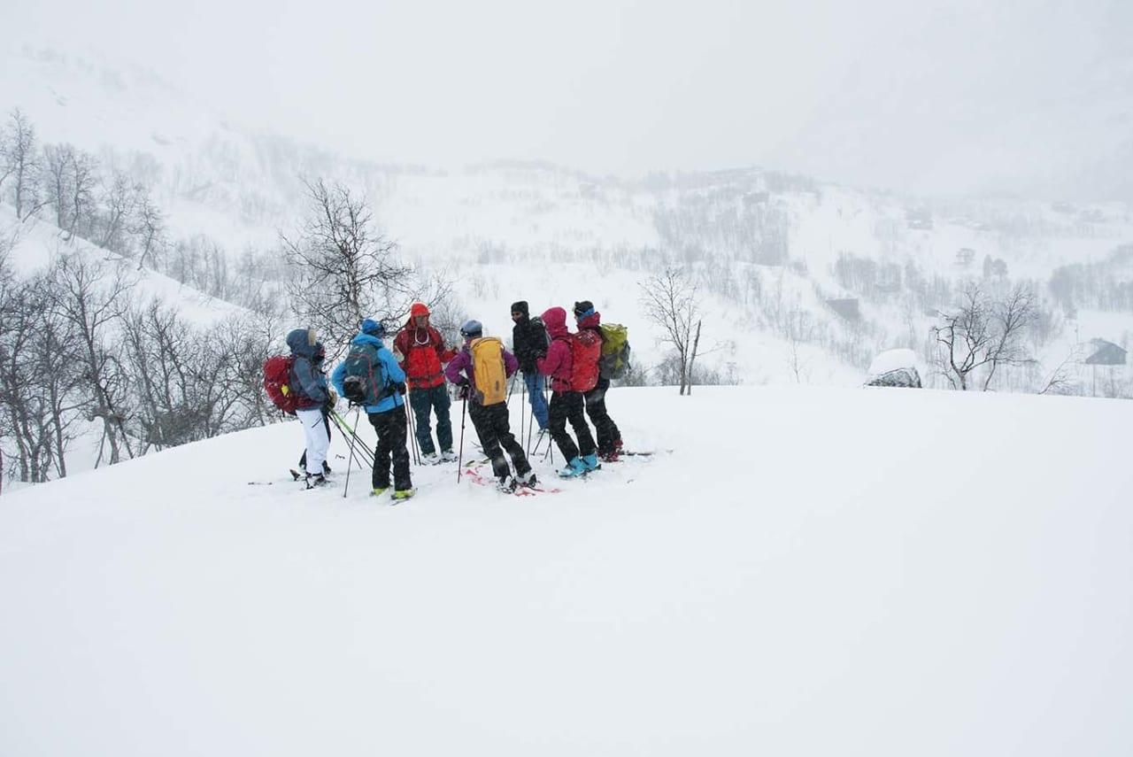 BAK ULYKKESTALLENE; Det høye antallet «utlendinger» kan skyldes at utenlandske skiturister er i stort flertall. Ikke at det å være lokal i seg selv gjør deg flinkere, skriver Leif Inge Magnussen. llustrasjonsfoto: Gunhild Aaslie Soldal