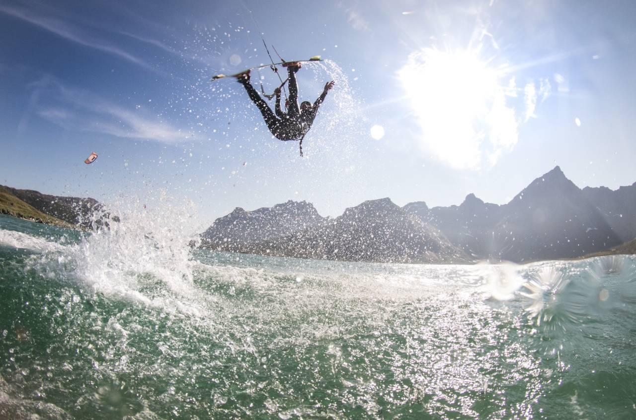 Kari Schibevaag trives best under kiten! Alle foto: Privat