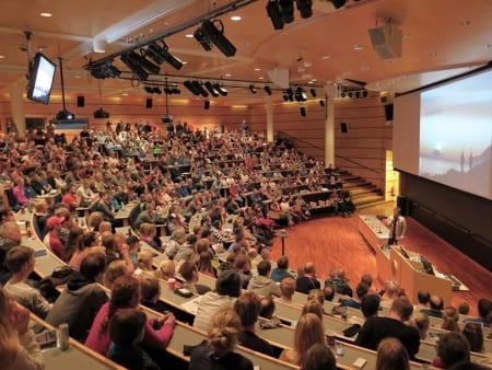 Interessen for å lære om snøskred har eksplodert, sier Marit Svarstad Andresen i NVE. Foto: Espen Nordahl