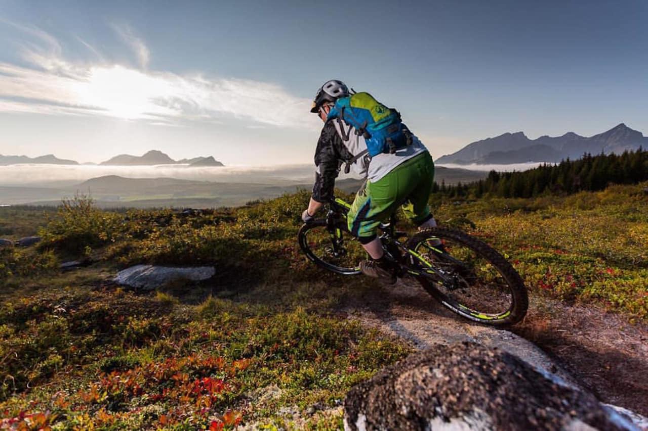 Stafig flere har lyst til å sykle i Lofoten. Foto: Bjørn -Ståle Larsen