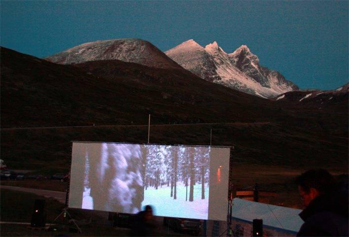 Til helga kan du kombinere fjell og film på Turtagrø. Foto: Turtagrø Fjellfilmfestival