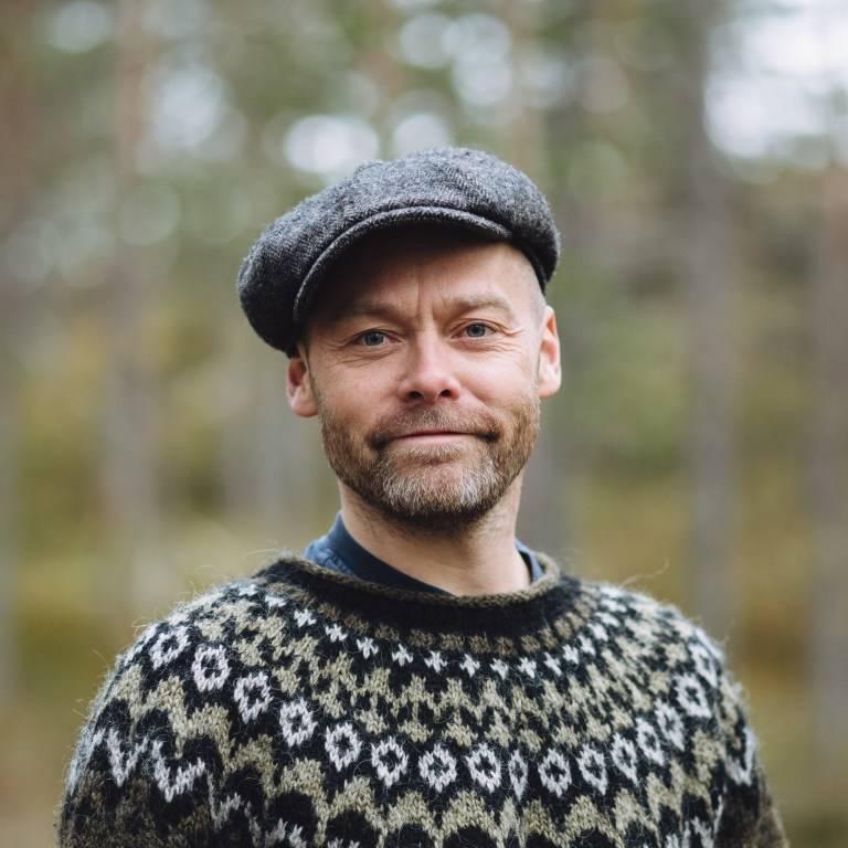 mikkel bølstad forfatter og fotograf