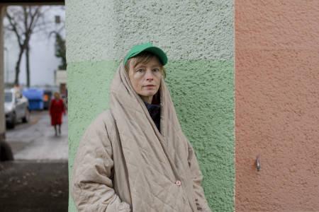Å GÅ MED KØLLE: Catharina Hermine Kølle vandret til fots fra hjemmet sitt i Hardanger til Venezia. Forfatterdebutant Karen Røise Kielland la ut på et tilsvarende prosjekt. Foto: Endre Aalrust