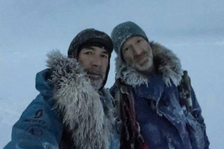 POLFARERE: Børge Ousland og Mike Horn underveis i ekspedisjonen. De møter trolig bakkemannskapet torsdag. Foto: Børge Ousland/Instagram
