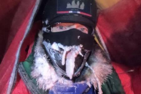 SISTE DEL: Børge Ousland går inn i siste del av ekspedisjonen på Nordpolen - og det blir et dramatisk kappløp med elementene. Foto: Børge Ousland/Instagram
