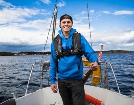 Norge på langs i seilbåt.
