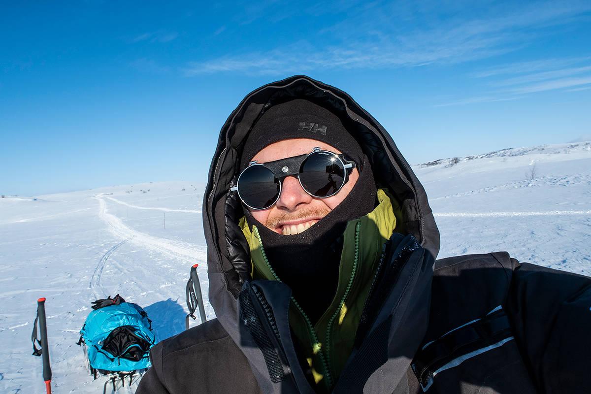 FINNMARKSVIDDA: Mats Grimsæth hadde et tøft møte med Finnmarksvidda, men han ble til slutt frelst av området. Her forteller han om den emsjonelle turen. Foto: Mats Grimsæth