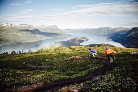 Strynefestivalen har terrengsykling innerst i fjorden, blant mange andre ting, på menyen