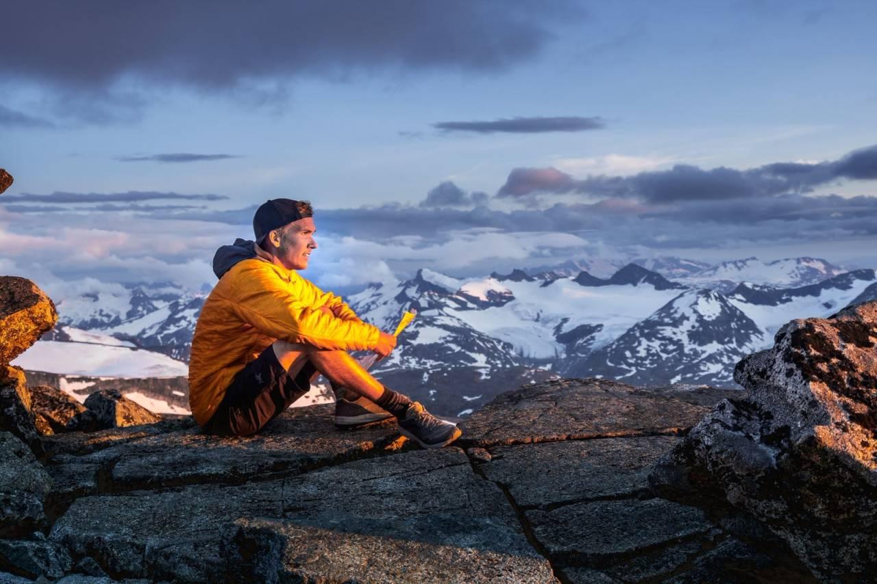 sindre kolbjørnsgard rekord på alle fjelltoppene i Norge