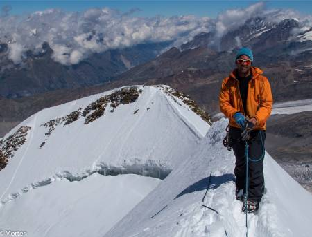 TIL FJELLS: Morten Helgesen liker seg høyt til fjells, og kan Jotunheimen inn og hit. Her får du gode turtips! Foto: Privat