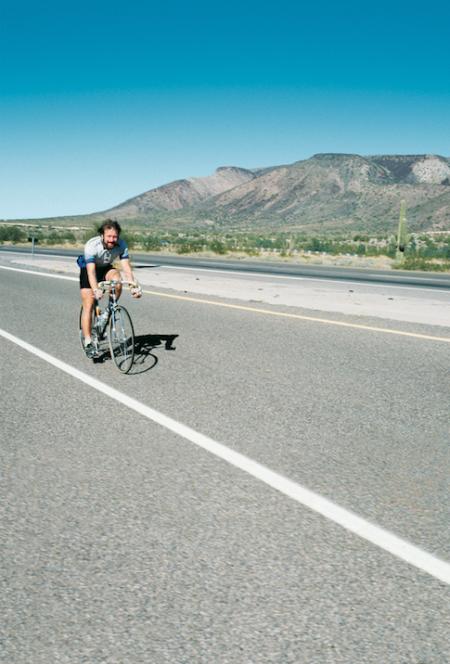Han syklet Oslo - Alta uten å sove, bare for å se om det var mulig. Foto: Privat