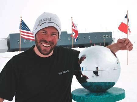 SYDLIGE STRØK: Etter ti sesonger som kokk og guide i Antarktis, har livet i sør blitt for mye. I dag får Antarktis klarer seg selv. Foto: Privat