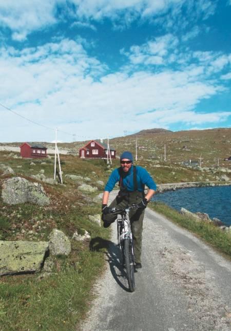 Ingen steder kan måle seg med Finse, mener Ronny Finsenuten, Ralllarvegen og Hallingskarvet er blant favorittene.