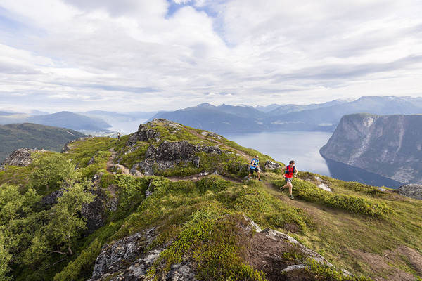 Stranda fjord trail race Ola Hovdenak (t.h.)  Foto: Axel Brunst.