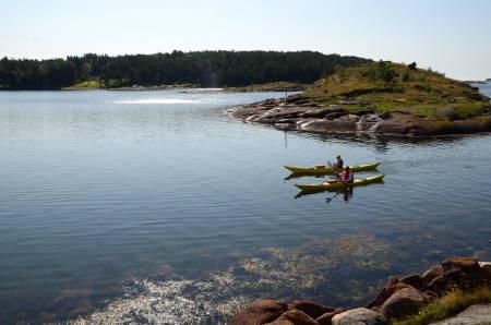 NÅR DU EN GANG KOMMER: Fra og med neste sommer vil ulike padleruter langs vestfoldskysten, som her utenfor Nøtterøy. Foto: Sandra Lappegard Wangberg