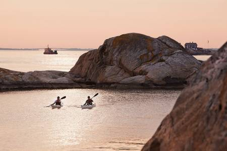 På padlefestivalen i Grebbestad i Sverige får du oppleve padling på sitt aller vakreste. Foto: Fredrik Schenholm
