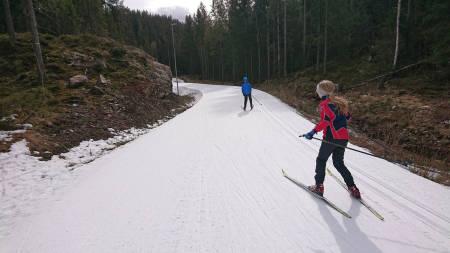 Skitur nordmarka barn utemagasinet