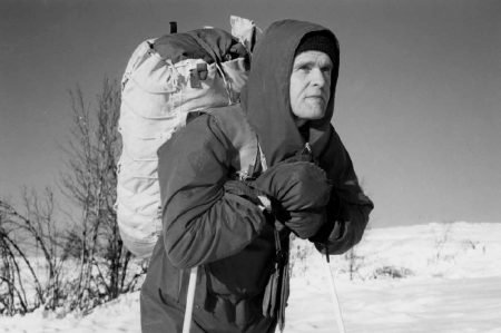 Nils Faarlund født 1937