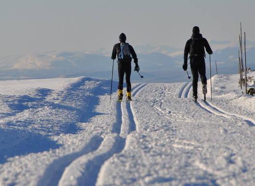 DRØMMEN: Med slike spor kan du gå milevis på ski i Lillehammerregionen, som denne turen fra Nordseter til Hafjell. Foto: Sandra Lappegard