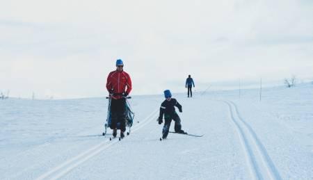 skøyting på ski med barn