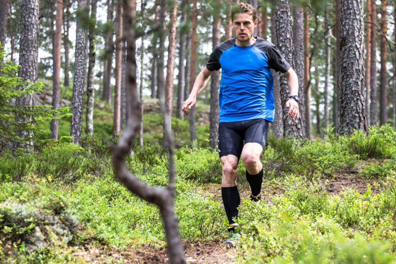 BLI BEDRE TIL Å LØPE: Orienteringsesset Carl Godager Kaas kommer med sine beste råd på løpsteknikk: Bilde: Christian Nerdrum