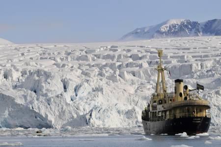 SKUTA: MS Origo, et sjarmerende og isforsterket fartøy.