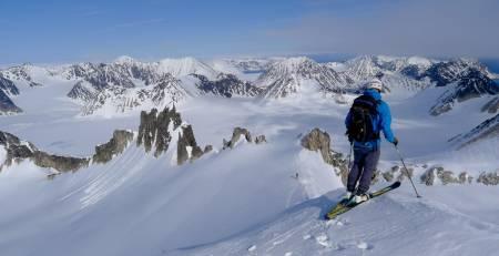 VALGFRIHET: Et uendelig antall fjelltopper.