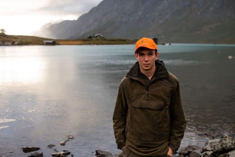 Håkon Vang Aas var på Fjellfilmfestivalen i helga og mottok nykommerprisen i Årets Eventyrer-kåringen. Foto: Christian Nerdrum