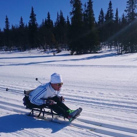 Melvin Cornejo Gomez (SV) har lite erfaring med skigåing, men han er ikke den som gir opp, og gjennomførte 20 km på lørdagens Ridderrenn.