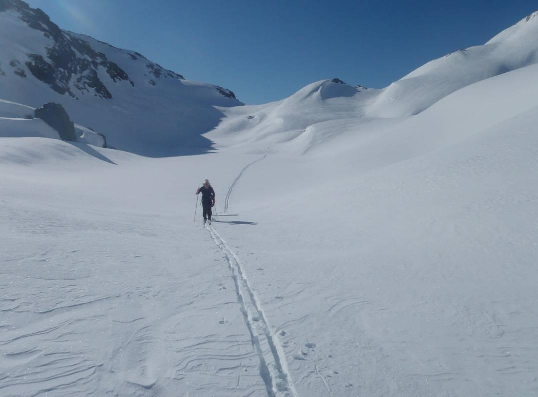 BILL MERK. FJELLERFARING: Hardinglaup representerer en ny type skirenn med fjellski i høgfjellet. Foto: Arrangør