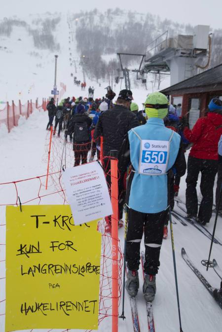 TIL FJELLS MED T-KROK: Veien til starten oppe på fjellet gikk med T-krok