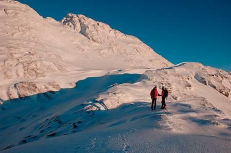 STOREHESTEN: Også kalt Kvamshesten er det mest markante fjellet i Sunnfjord. Foto: Sandra Lappegard