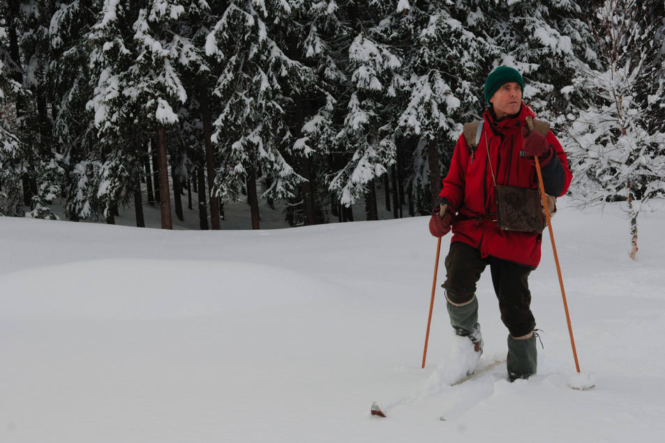 GÅR FORAN: Nils Faarlund mener ikke at alle skal være som han. Men han vil være et tydelig eksempel. Foto: Røde Kors