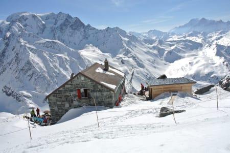 RÅ UTSIKT: Chanrion-hytta ligger fantastisk til. Foto: Gunhild Aaslie Soldal