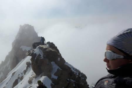 Monte Rosa, Italia: Noen av de største utfordringene blant Europas toppunkter er uten tvil Dufourspitze i Sveits og Mont Blanc. Vi var heldige med været og forholdene, og kunne bestige begge toppene i løpet av tre dager - Mont Blanc til og med som traversering.