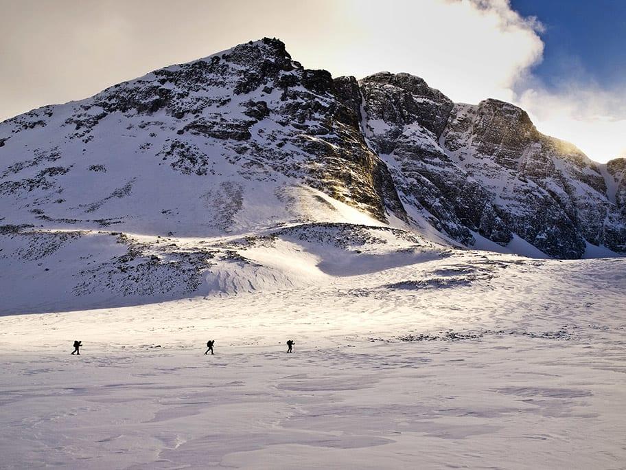 RONDANE: Et fjellområde med godt utbygd hyttenett, og som tiltrekker seg fjellskiturister på alle nivåer. Her fra Langglupdalen. Foto: Geoff Shoults