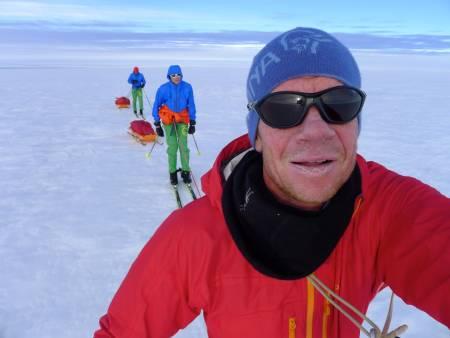 I sommer var Robert Caspersen med på å krysse Grønlandsisen på rekordtid, sammen med Trond Hilde og Ivar Tollefsen.