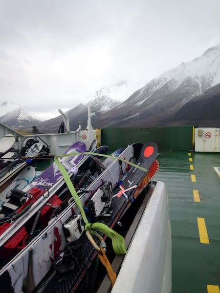 FERGETUR: Transport sjøvegen hører med en hver tur til Sunnmøre.
