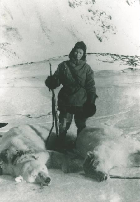 ISBJØRNJEGER: Wanny Woldstad (bildet) og Anders Sæterdal felte 77 isbjørn på fem år.