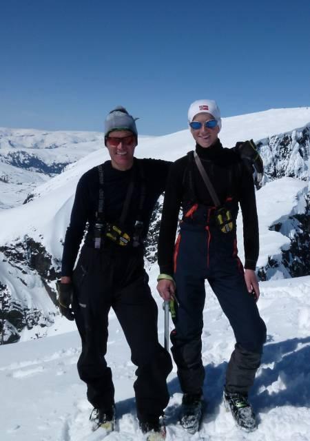 UT PÅ TUR: Per-Ivar og Tormod Weydahl har vært turkamerater siden før yngstemann kunne gå selv.